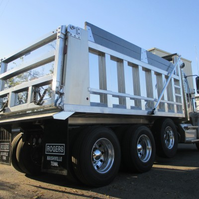 Standard aluminum body with painted boards and tailgate slope